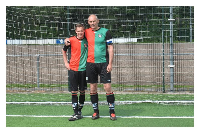 Twee voetballers van NEC ikzelf (zei de gek) en mijn zoon Gino